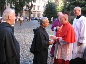 Il cardinale Hummes accolto dal priore generale dell'ordine di Sant'Agostino Robert Prevost