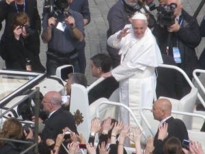 Papa Francesco durante l'Udienza Generale